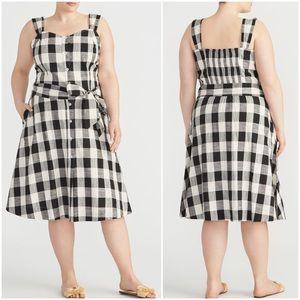 Rachel Roy checkered plaid button front midi dress